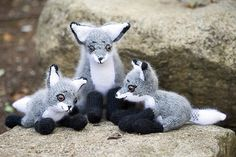 Roxy Fox and Pups - Knitting Patterns and Crochet Patterns from KnitPicks.com