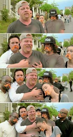 """You are watching the movie The Walking Dead on Putlocker HD. The Walking Dead takes place after the onset of a worldwide zombie apocalypse. The zombies, colloquially referred to as """"walkers"""", shamble towards living humans Walking Dead Funny, Fear The Walking Dead, Walking Dead Zombies, Twd Memes, Funny Memes, Hilarious, Memes Humor, Norman Reedus, The Walk Dead"""