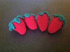 Ravelry: Strawberry Amigurumi pattern by Ronda Wingo Crochet Food, Crochet Dolls, Hungry Caterpillar Food, Crochet Strawberry, Amigurumi Patterns, Free Pattern, Baby Shoes, Things To Come, Blue Box