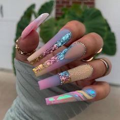 Nail Designs Bling, Unicorn Nails Designs, Acrylic Nail Designs, Coffen Nails, Baby Nails, Bling Nails, Grey Acrylic Nails, Secret Nails, Crazy Nail Art