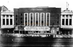 The Trocadero Super Cinema, New Kent Road, Elephant & Castle, Southwark - demolished to make way for new road layout London History, British History, Local History, Vintage London, Old London, Elephant And Castle, London Architecture, London Theatre, London Places