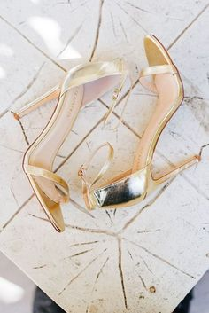 Gold wedding shoes f