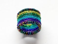 Ombre Bead Ring Olive Green to Violet Beaded by blithebutton Memory Wire Rings, Memory Wire Jewelry, Copper Wire Jewelry, Wire Jewelry Making, Memory Wire Bracelets, Seed Bead Jewelry, Beaded Jewelry, Handmade Jewellery, Seed Beads
