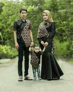 Batik Muslim, Kebaya Muslim, Dress Brokat, Kebaya Dress, Muslim Fashion, Hijab Fashion, Dress Batik Kombinasi, Muslimah Wedding Dress, Batik Couple