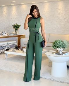 Wide Leg Jumpsuit Summer O Neck Green Sleeveless Jumpsuit Vacation Elegant Long Playsuit Office Lady Vintage Overalls Long Jumpsuits, Jumpsuits For Women, Fashion Jumpsuits, Backless Jumpsuit, Casual Jumpsuit, Elegant Jumpsuit, Gold Jumpsuit, Romper Outfit, Professional Outfits