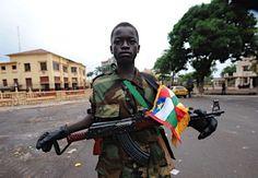 セレカの少年兵=中央アフリカ