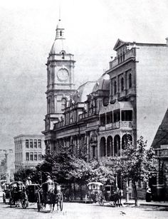 The Victoria Coffee Palace temperance hotel (R) and Town Hall - Collins St. The coffee palace was demolished 1924 to make way for the expansion of Town Hall Melbourne Victoria, Victoria Australia, Melbourne Australia, Australia Travel, Melbourne Cbd, Old Photos, Old Pictures, Australian Architecture, Historic Architecture
