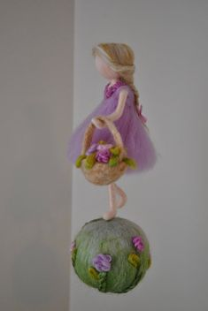 Nursery Ornament Needle Felted wool : Girl with by MagicWool Waldorf Crafts, Waldorf Dolls, Felt Crafts, Diy And Crafts, Felt Dolls, Paper Dolls, Wool Felt, Felted Wool, Hedgehog Craft