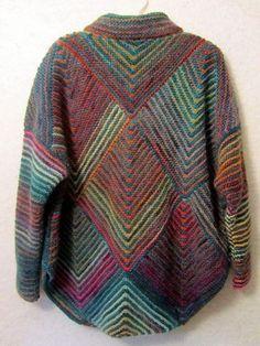 Ravelry: Fibermania's Mitered Diamond Jacket-Araucania - Knitting Knitting Blogs, Knitting Designs, Knitting Projects, Hand Knitting, Gilet Crochet, Crochet Jacket, Knit Crochet, Creative Knitting, Knit Fashion