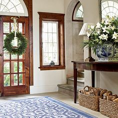 Simple, open entryway This is the closest iv seen to my vision of my dream home entry way. Open Entryway, Entry Hallway, Small Entry, Door Entryway, Entryway Ideas, Entrance Hall, Front Entry, Entry Rug, Entry Doors