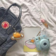 dm for promo Backpack Outfit, Kanken Backpack, Backpack Bags, Mochila Jansport, Mochila Kanken, Camara Fujifilm, Aesthetic Backpack, Cute Backpacks, Vintage Backpacks