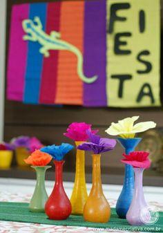 garaffas coloridas - Como fazer uma happy hour mexicana na empresa - decoration How to make a mexican thematic Happy hour party at the compa...