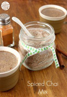 Tea Recipes, Coffee Recipes, Cooking Recipes, Chai Mix Recipe, Chi Tea Recipe, Spiced Chai Latte Recipe, Holiday Treats, Holiday Recipes, Christmas Crafts