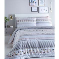 Multi-coloured 'Cosmo' geometric print bedding set