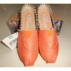 2014 Toms shoes has been released. Hot sale with amazing price. Cheap Toms Shoes, Shoes 2014, Toms Outlet, Discount Toms, Children In Need, Beautiful Shoes, New Shoes, New Trends, Me Too Shoes