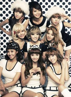 Girl's Generation with jessica jung Sooyoung, Seohyun, Snsd, Kpop Girl Groups, Korean Girl Groups, Kpop Girls, Girls Generation, K Pop, Kwon Yuri