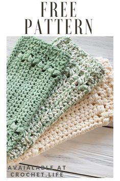 Easy to crochet, DIY washcloth pattern perfect for kitchen or bath. Free crochet pattern by / - Rivers Edge Dishcloth Diy Crochet Washcloth, Crochet Scrubbies, Crochet Dishcloths, Quick Crochet, Crochet Home, Knit Or Crochet, Free Crochet, Crochet Kitchen, Diy Crochet Projects