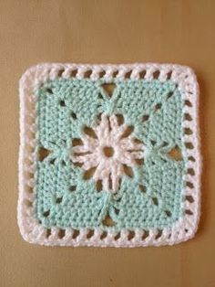 365 Granny Squares Project: Simple effect using chain stitch....