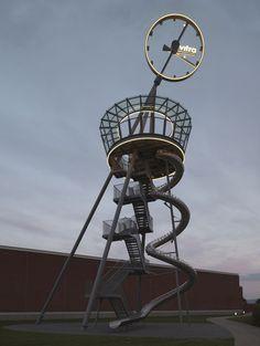 Башня с горкой в кампусе Vitra