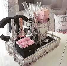 luxury, chanel, and champagne Bild Chanel Dekor, Chanel Party, Perfume, Glam Room, Beauty Room, Hair Beauty, My New Room, Coco Chanel, Chanel Box