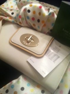 AUTHENTIC (NWT) Kate Spade Stacy Hampton Road Turnlock Wallet - $120