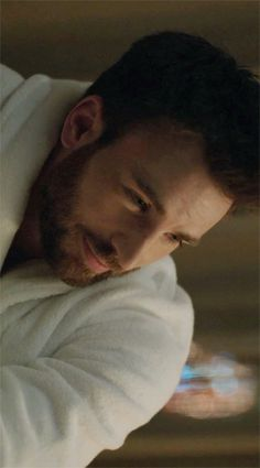 from the extremely aesthetically pleasing new movie, Before We Go, directed by and starring Chris Evans Steve Rogers, Capitan America Chris Evans, Chris Evans Captain America, Christopher Evans, Before We Go, Robert Evans, Stucky, Attractive Men, American Actors