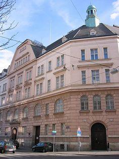 wiener bauten der jahrhundertwende - Strafanstalt  (jail) Wien Mittersteig,  1050 Wien How cultivated we are