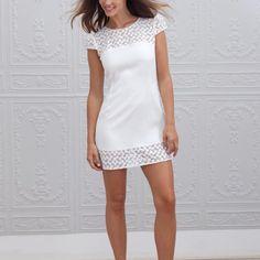 Marie Laporte robe de mariee 2015 - La Fiancee du Panda blog mariage Zoe_1face Marie Laporte, Frocks And Gowns, Lookbook, Peplum, White Dress, Casual, Birthday Outfits, Tops, Dresses