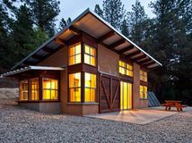 Small Modern Shed Homes Plans - Mercury small house plan shed roof small house plan with photos Bamboo vacation home Fabcab 1000 square foot modern house plans modern house Small. Shed Roof, House Roof, Cabin Design, Roof Design, Grid Design, Style At Home, Modern Shed, Modern Barn, Modern Cabins
