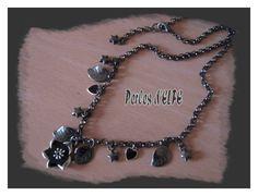 Collier Black métal pendentif Hibiscus émaillé noir : Collier par perlesdelfe