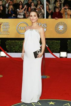 9 Most Stunning Red Carpet Maternity Gowns. Natalie Portman at the 2011 SAG Awards in beautiful white.