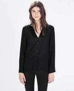 Image 1 of LONG-SLEEVED CONTRAST COLLAR BLOUSE from Zara