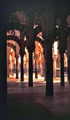 Moorish architecture in Codoba, Spain (I got lost here)