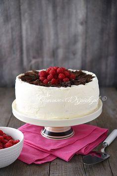 Tort cygański z kremem malinowym Vegan Recipes, Cooking Recipes, Vegan Meals, Cupcake Cakes, Cupcakes, Tortellini, Dessert Recipes, Desserts, Raspberry