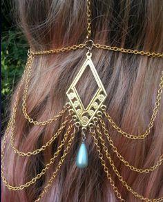 flapper head jewelry  $39  https://www.etsy.com/listing/105768177/1920s-flapper-head-jewelry