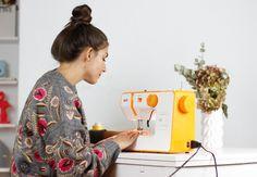 Erea Louro aprende a coser con Alfa https://www.primeriti.es/blog/hogar/erea-louro-alfa/