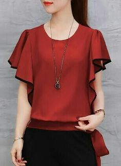 Stylish Dress Designs, Stylish Dresses, Beautiful Blouses, Beautiful Outfits, Baby Frocks Designs, Girl Fashion, Fashion Outfits, Blouse Models, Party Wear Dresses