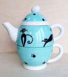 Tea-for-one 'Cats', tea pot, tea cup, tea set, tea time, functional ceramics, ceramic tea pot, pottery, Cats, Kittens by BigGrayHorse on Etsy