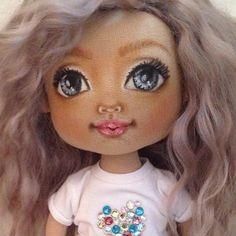 Новая девуля, будет искать  #molyadolls #artdoll #handmade #handmadedoll #текстильнаякукла #интерьернаякукла #кукланазаказ #куклаизткани #авторскаякукла #куклымоли