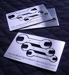Laser cutted/laser engraved stainless steel card with three functional breakaway wrenches