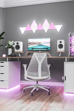 Gamer Setup, Gaming Room Setup, Pc Setup, Gaming Desk Lighting, Best Gaming Setup, Bedroom Setup, Room Ideas Bedroom, Room Decor, Computer Gaming Room