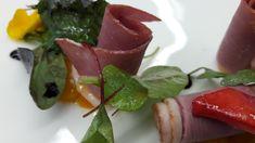 Leckere geräucherte Entenbrust mit Mini-Orangen und Wiesenkräuter. Das Restaurant in Zell am See/Kaprun. Seehotel Bellevue Zell Am See, Restaurant, Caprese Salad, Mini, Food, Kaprun, Restaurants, Meals, Dining Rooms