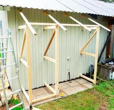 10 ideas for a garden decoration - HomeDBS Garden Storage Shed, Diy Shed, Outside Storage, Outdoor Storage, Lavabo Exterior, Wood Shed, Lean To, Building A Shed, Backyard Projects