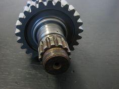 00667-bxp-yamaha-transmission-drive-axle-w-wheel-gears-98-99-yz400-wr400-5be-17421-00-00-3.jpg (1600×1200)