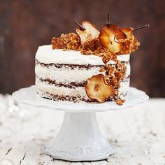 Naked Pear Coconut Cake with a fluffy cream! (in German)