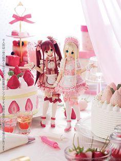 Sweets a la mode Strawberry Shortcake Azone International, 2013.
