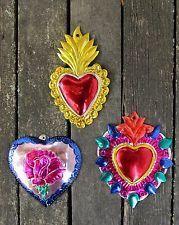 Mexican Crafts, Mexican Folk Art, Mexican Colors, Tin Art, Mermaid Dolls, Religious Icons, Art Decor, Room Decor, Metal Crafts