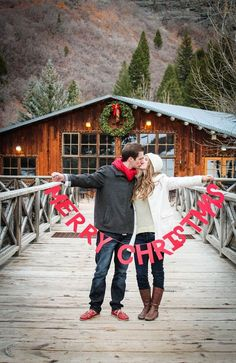 christmas card. this would be a cute idea for part of our half-way maternity photoshoot?! could use for xmas cards/gifts.