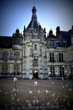 Escalier à vis du Château Renaissance de Saint-Aignan. #chateau #valdeloire #saintaignan #beauval #destinationbeauval