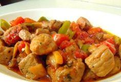 Μπεκρή μεζέ...   Αγαπημένος κρασομεζές   που αρέσει σε όλους.     Θέλω να σας δώσω δύο συνταγές. Εγώ φτιάχνω και τις δύο, ανάλογα τα ... Greek Recipes, Kung Pao Chicken, Potato Salad, Appetizers, Meat, Ethnic Recipes, Food, Essen, Greek Food Recipes